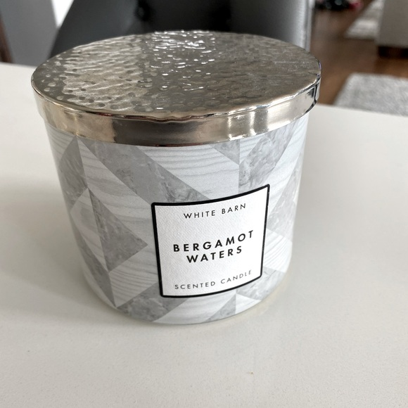 Bath & Body Works Bergamot Waters 3wick Candle